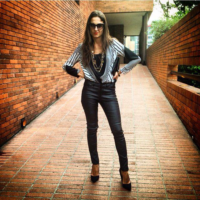 #camisa rayas #blanco y negro#juanitagordillo