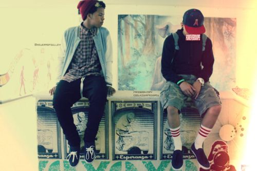 Cute Boys with Swag and Snapbacks | attitude, cute guy, guys with swag, swag - inspiring picture on Favim ... chillin
