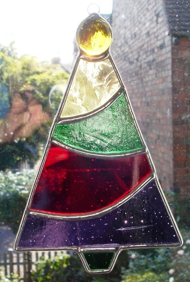 CHRISTMAS TREE IN STAINED GLASS | Stain Glass | Pinterest | Glas and ...