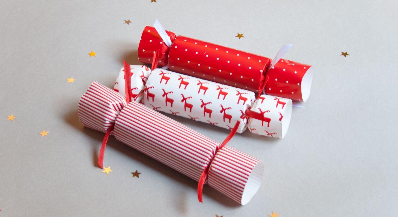 Cadeau d assiette   les Christmas crackers      Noël    93545d5ac80