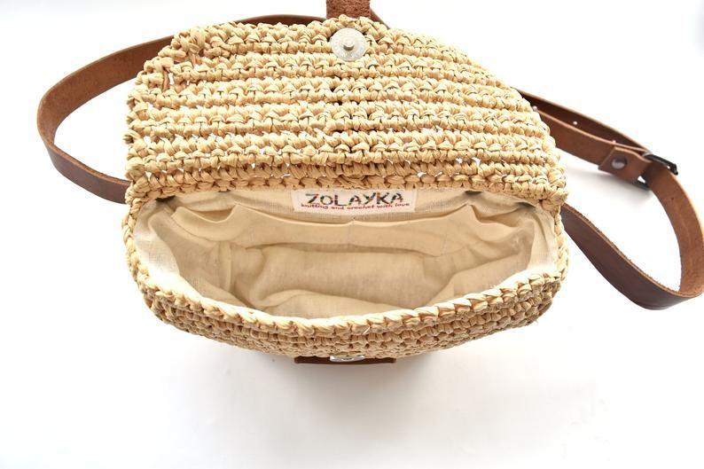 Natural raffia belt bag, straw fanny pack, genuine leather straps, festival waist bag crochet boho hip bag, straw belt pouch with card slots