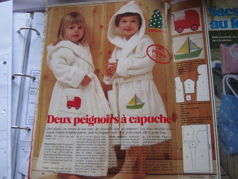 Le Jeudi C Est Couture Peignoir A Capuche L Atelier D Ehaa Peignoir Enfant Peignoir Couture