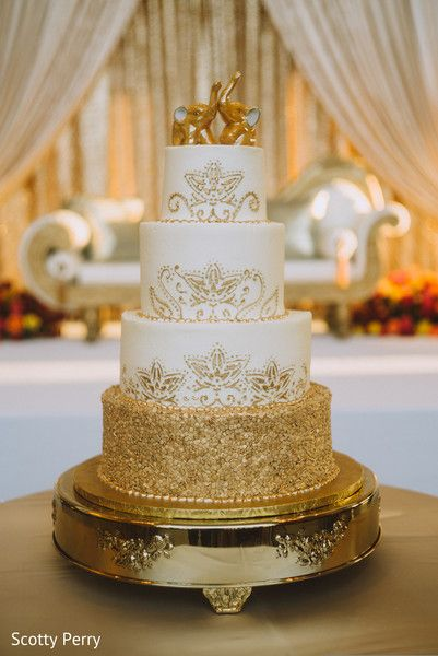 Pin By Maharani Weddings On Indian Wedding Cakes And Treats