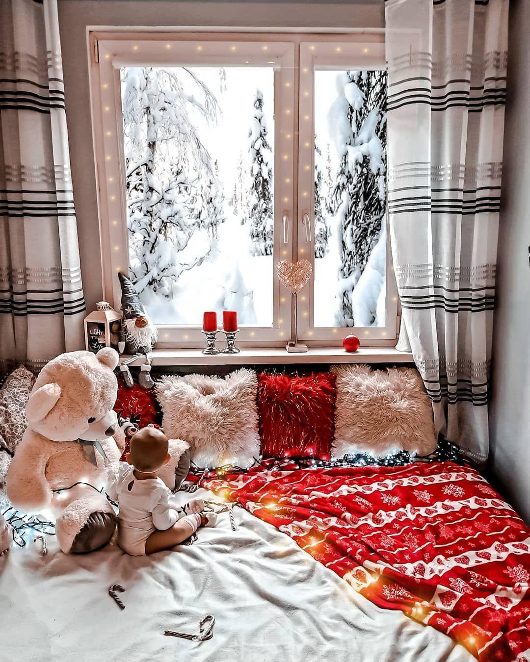 Dzień dobry  jak ja uwielbiam ten klimat. Wyciagasz światełka i piękne zdjecia w... #baby #christmas #christmasdecor #Christmasgoals #christmasiscoming #christmasmagic #córeczka