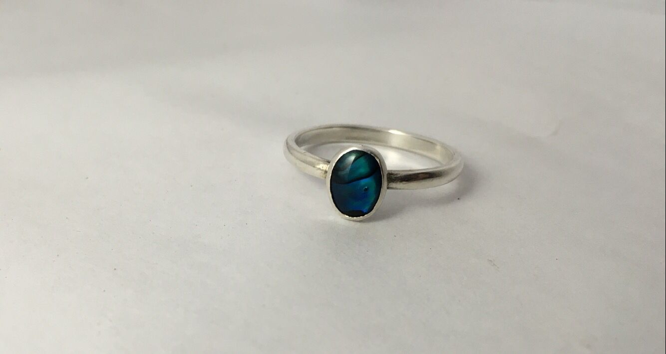 Mother of pearl ring made