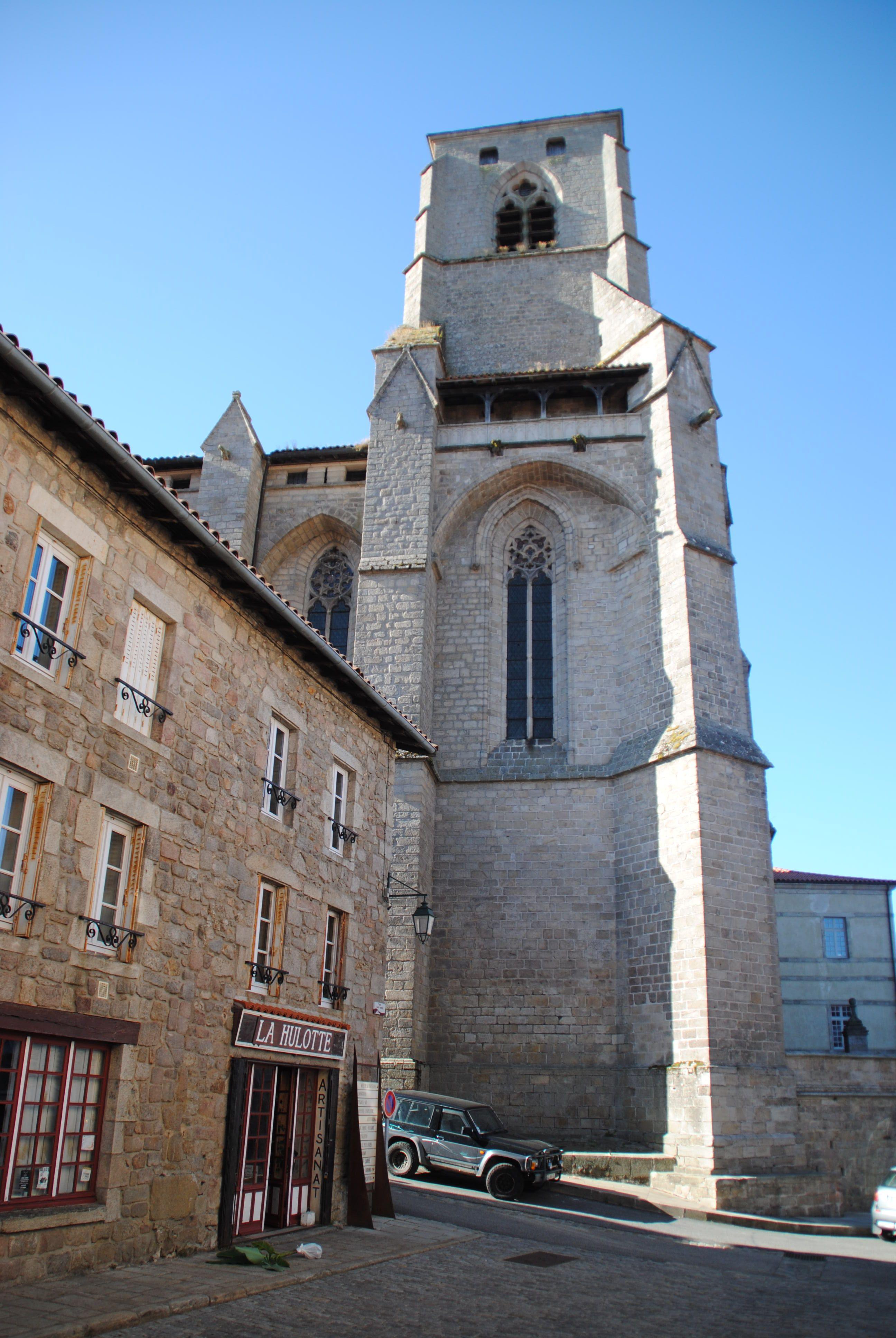 La Chaise Dieu En 2020 La Chaise Dieu Haute Loire Village Francais