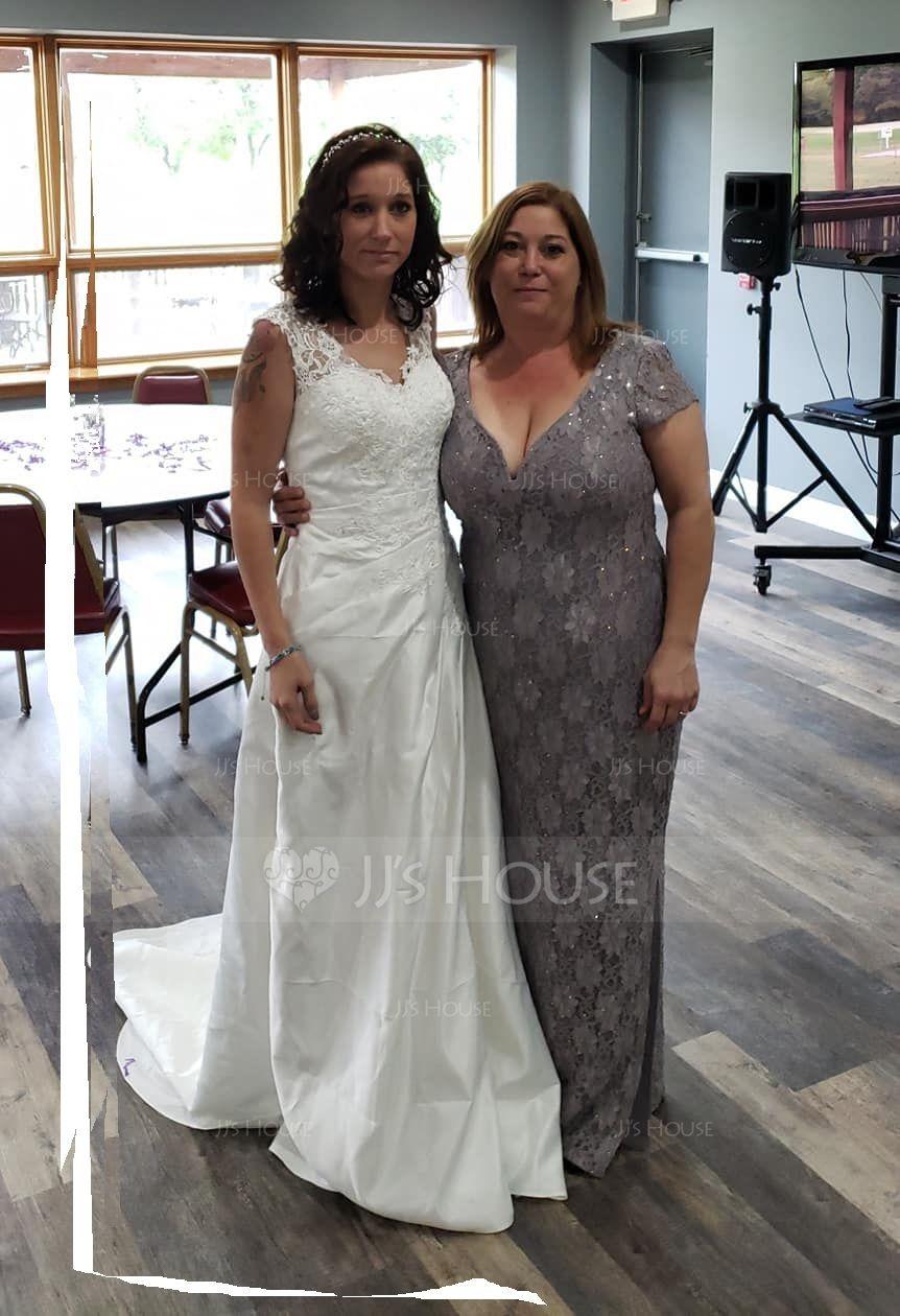 7531c8f5bd9 Robe Marquise Col V Balayage Pinceau train Satiné Robe de mariée avec Plissé  Brodé Paillettes