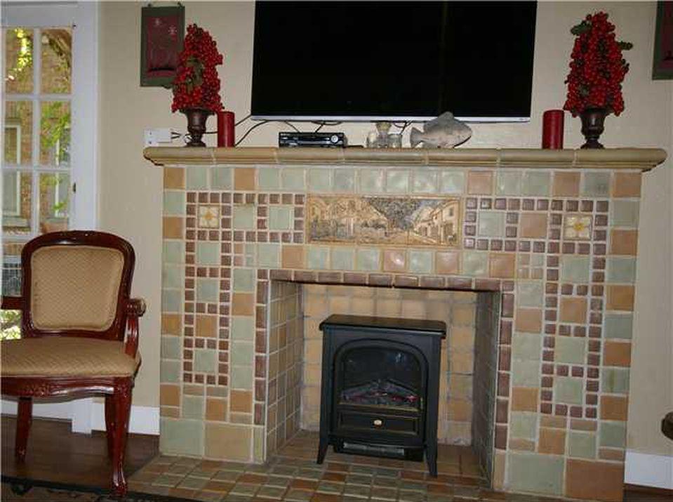 2124 N Gatewood Ave Oklahoma City Ok 73106 Zillow Oklahoma City Oklahoma Home Family