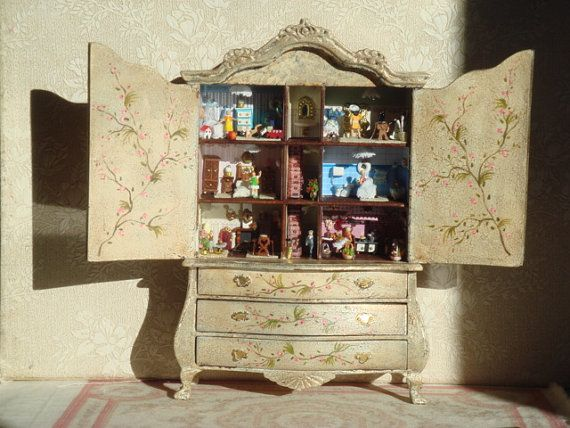 Dollhouse Miniature Chest Kit with Drawers by Villa Miniatures  Miniatures 1:12
