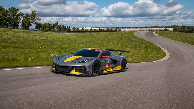 Chevy Spills The Details On Corvette C8 R Including Its 5 5l V8 Engine Corvette Chevy Race Cars
