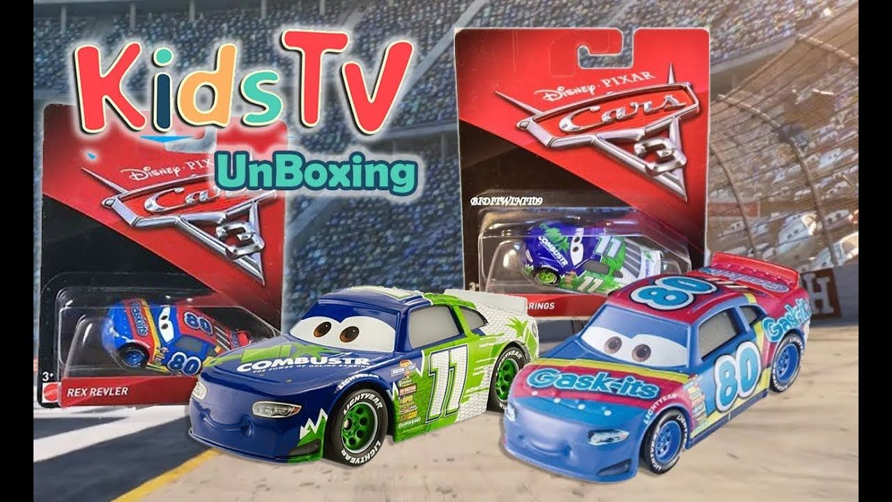 Gideon and Logan unbox and play with Disney Cars 3