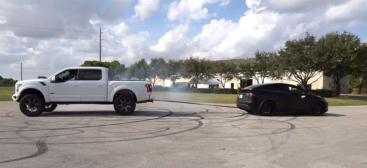 F-150 owner wants a Cybertruck after losing tug-of-war match with a Tesla Model X.