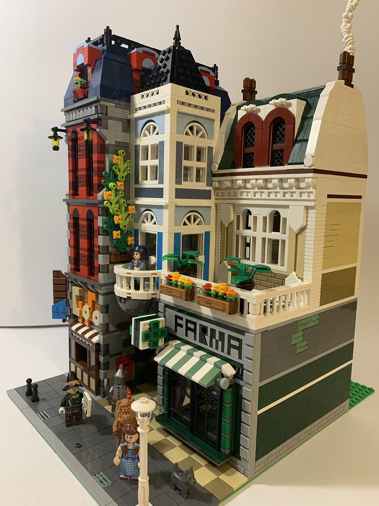 LEGO® Custom Modular Instructions Apple Store with Apartment 01004