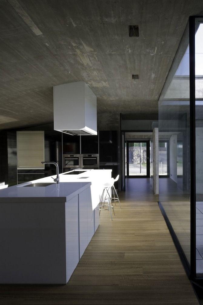 Pocafarina House by Hidalgo Hartmann Architects