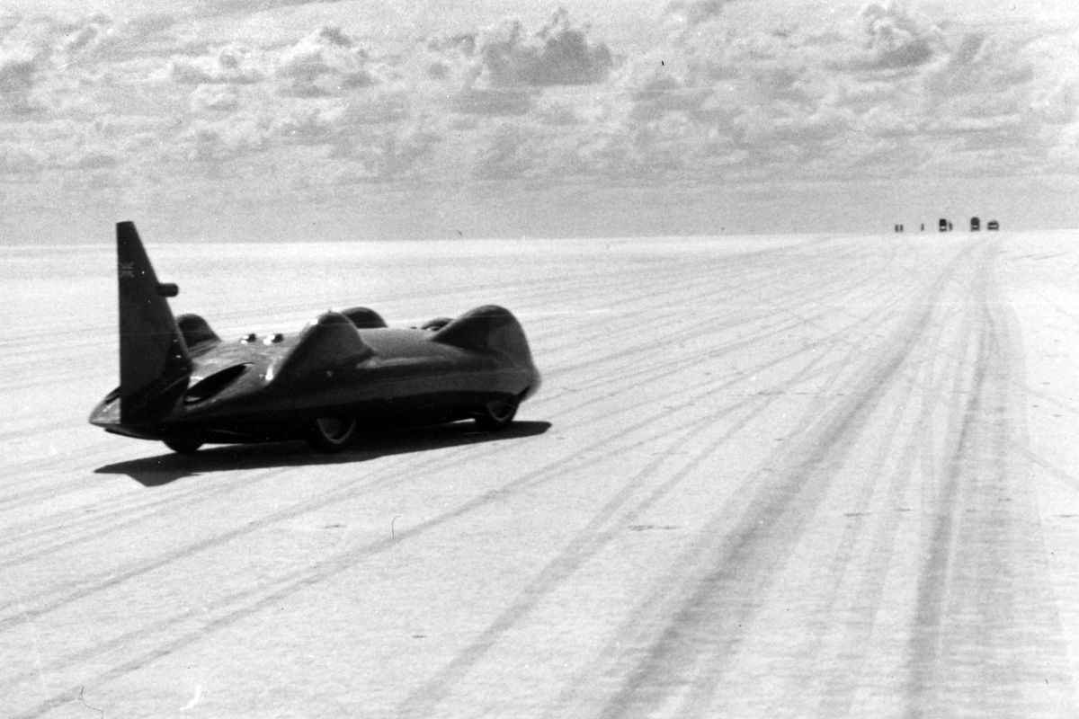 The Blazing Fast Evolution Of Land Speed Record Cars Bonneville Speed Bonneville Salt Flats