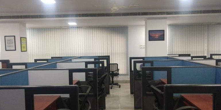 Plug And Play Sharing Office Space For Rent In Seetham Peta Vizag Office Space Rent Home Decor