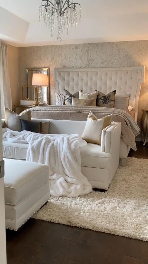 Cozy bedroom inspo