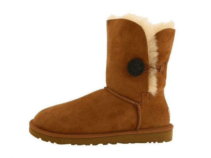 0b332414c2 UGG boots  39 on
