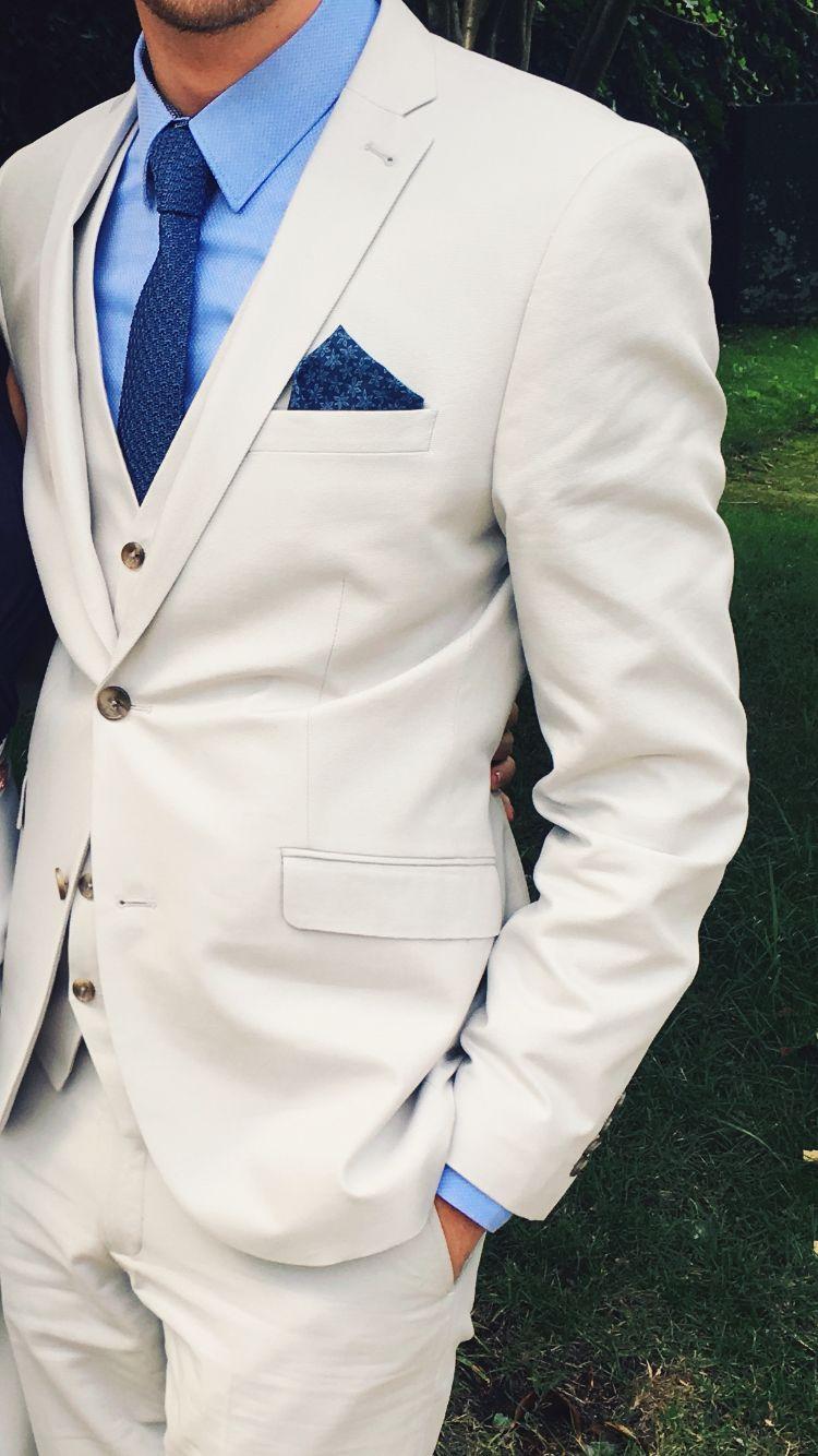 989d182ab8b4a Men's wedding suit. Cream linen style suit. Pale blue shirt and dark ...
