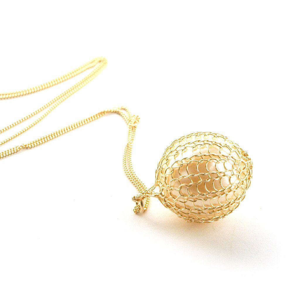 Pearl Pendant Gold Wire Crochet Necklace | Wire crochet, Pearl ...