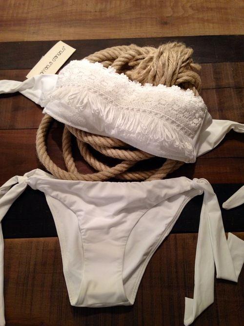 Bikini Bikini Bikini !!! Raffaela D'Angelo Total White - Marè Beachwear Online Store