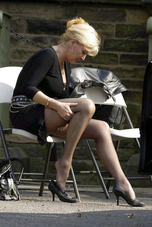 Public mature tights