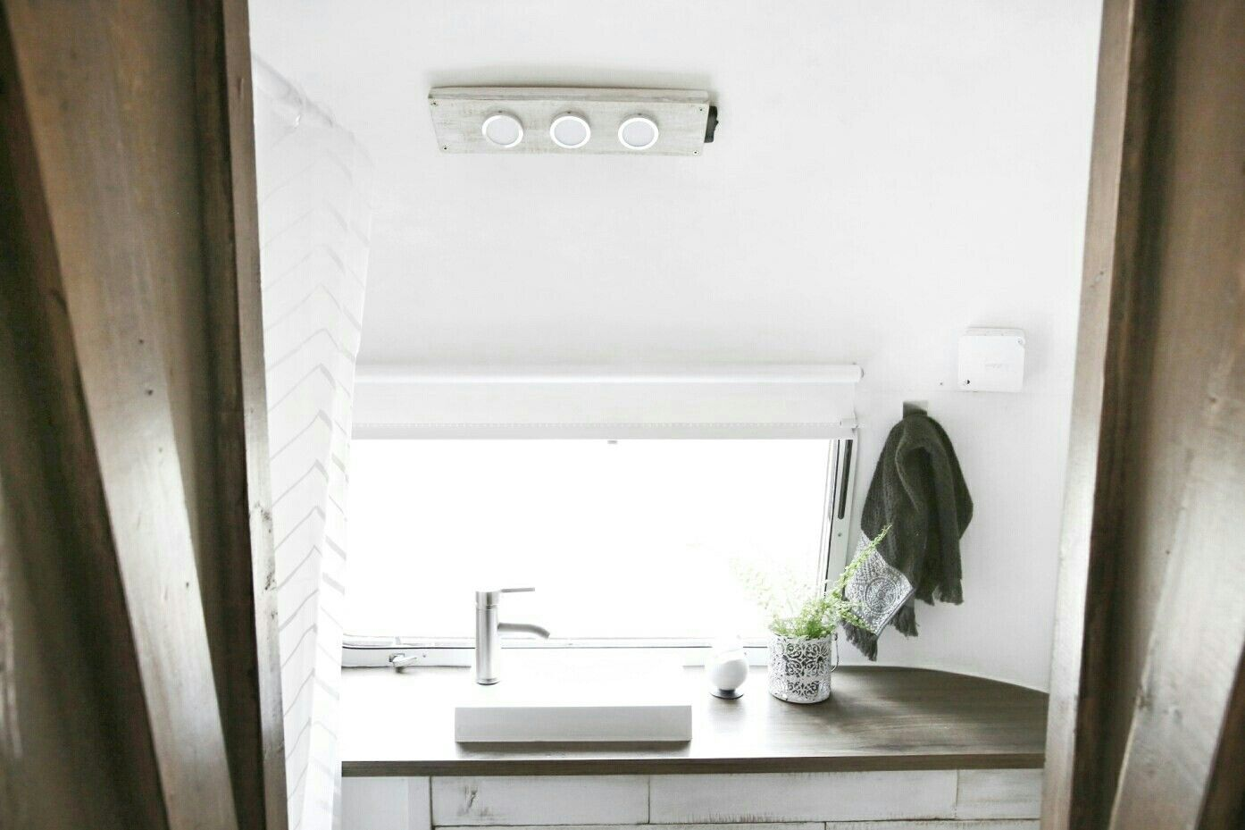 Vintage Airstream | Tiny house | Airstream bathroom remodel ...