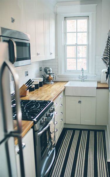 Top 10 Very Small Kitchen Design Ideas That Looks Bigger And