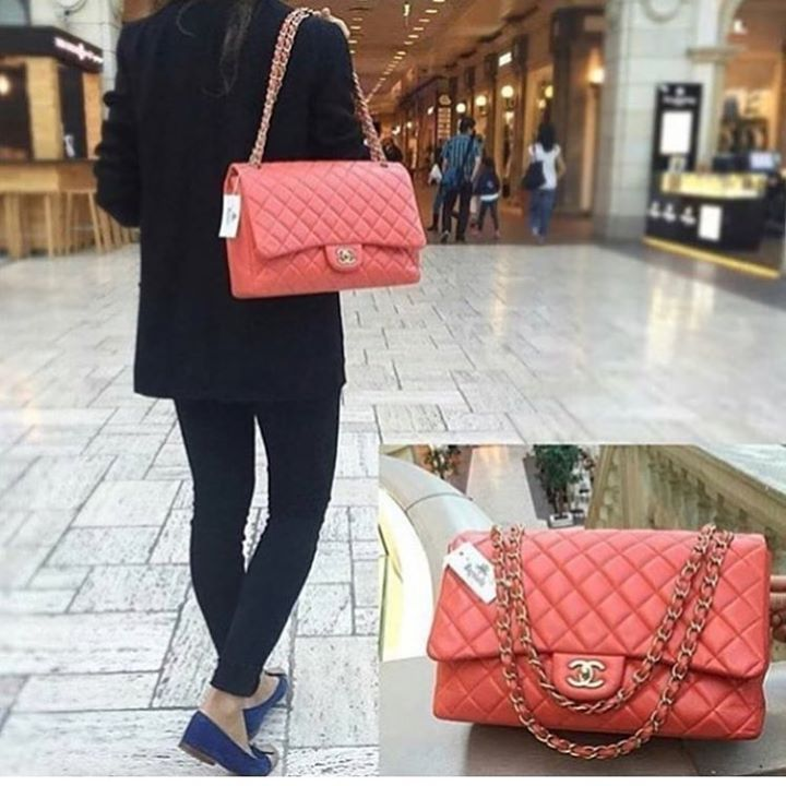 7b2d4dcd2059f  Chanel Peach Color Lambskin Maxi Shoulder Bag. Matt GHW. Excellent  condition in amazing
