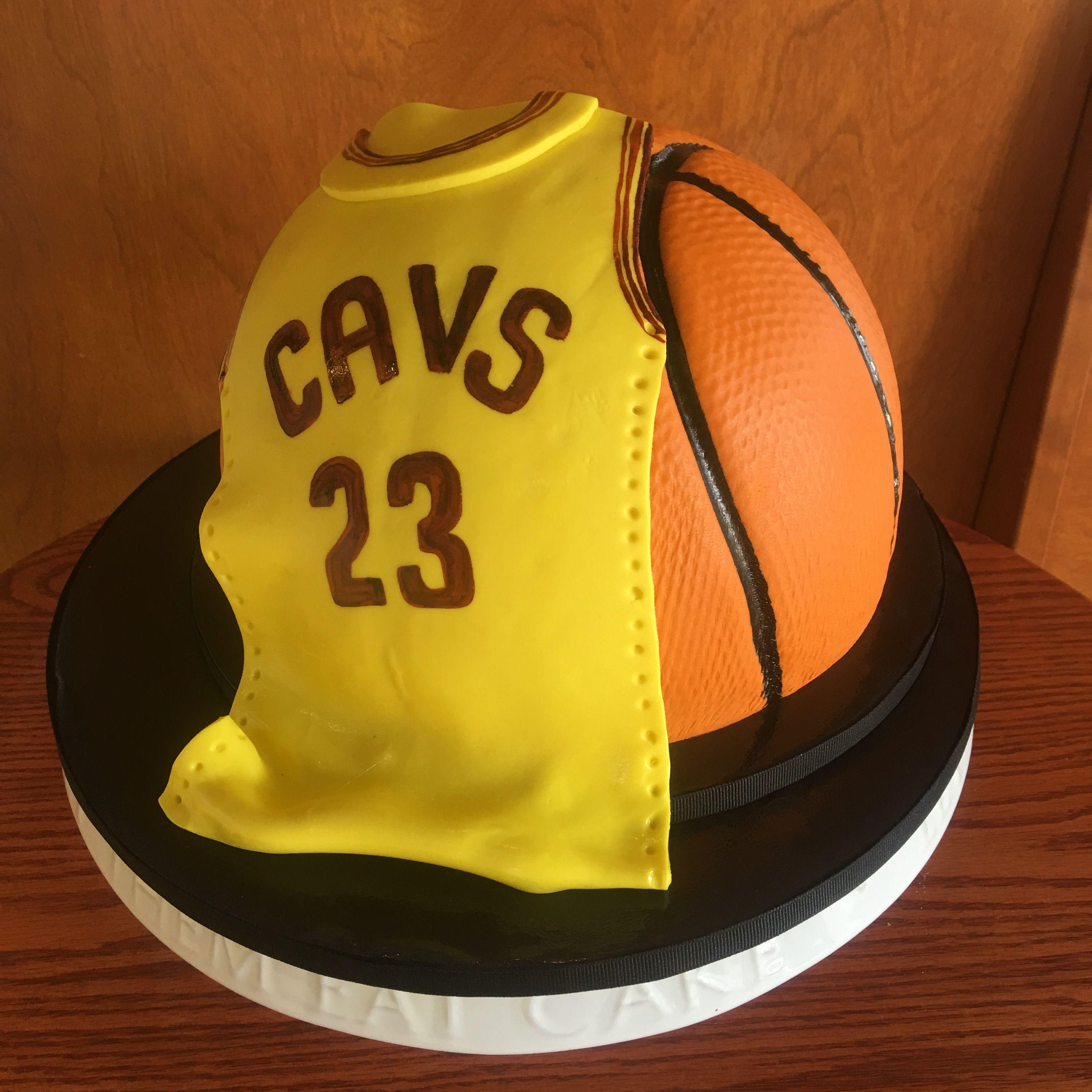 Cavaliers Fondant Jersey & Basketball Birthday Cake