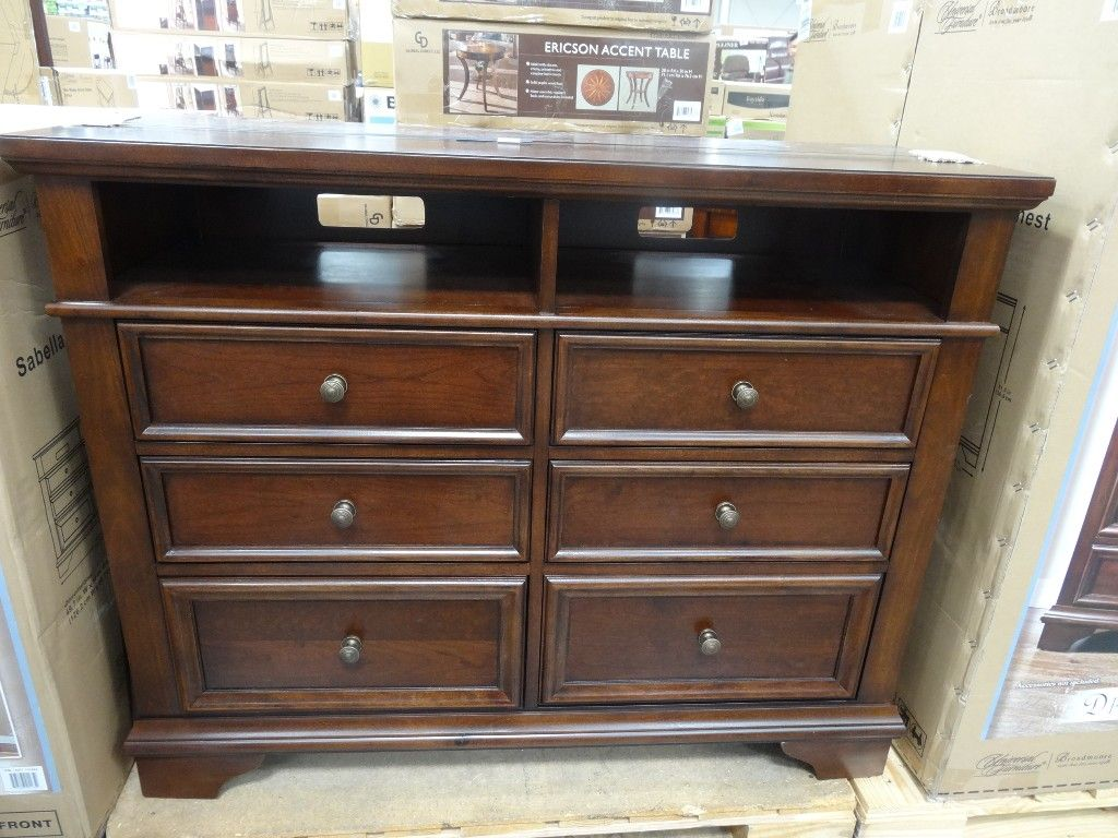Universal Furniture Sabella Media Dresser Costco | my bedroom ...