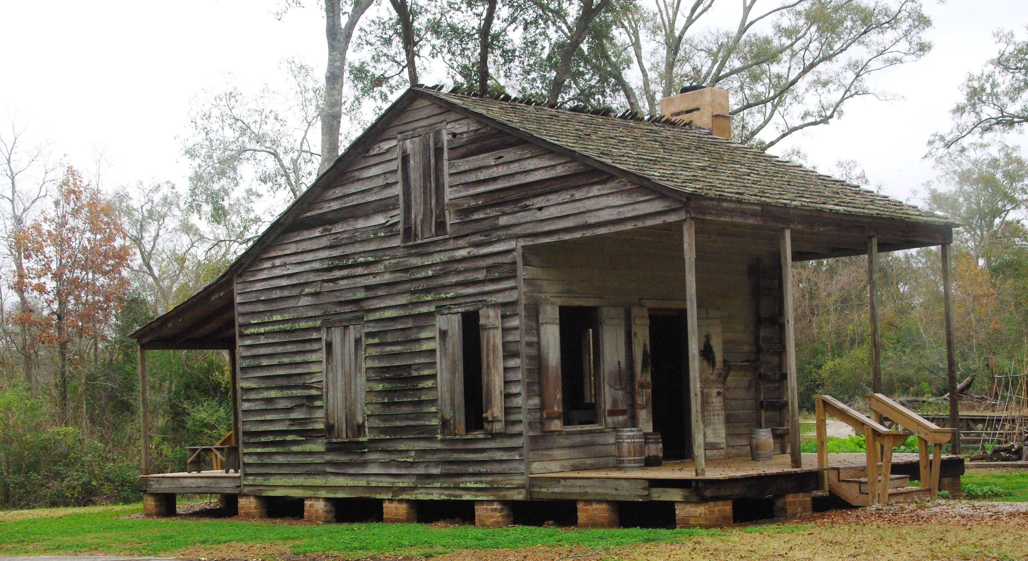 Cajun cabins circa 1790 acadian cabin which reveals the for Home plans louisiana
