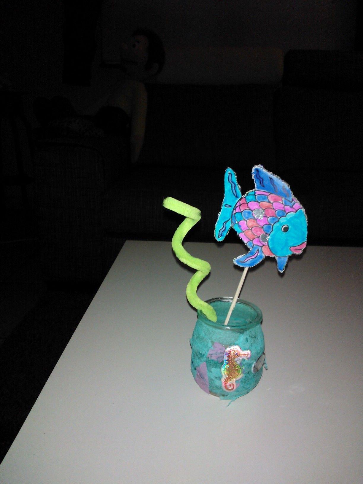 Kleurplaten Regenboogvis.De Mooiste Vis Van De Zee Regenboogvis