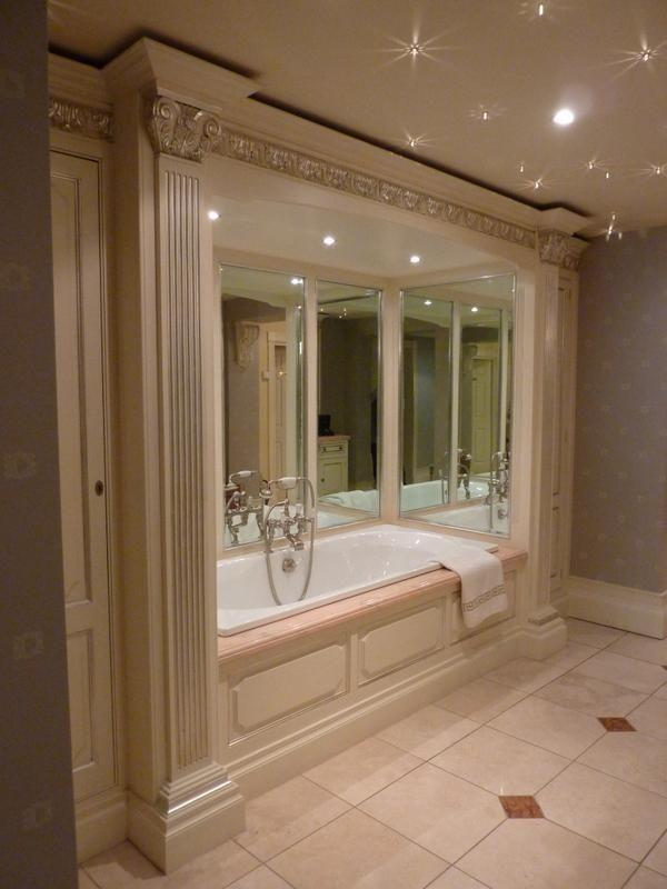 Clive Christian On Glamorous Bathroom Bathroom Interior Small Bathroom Wallpaper