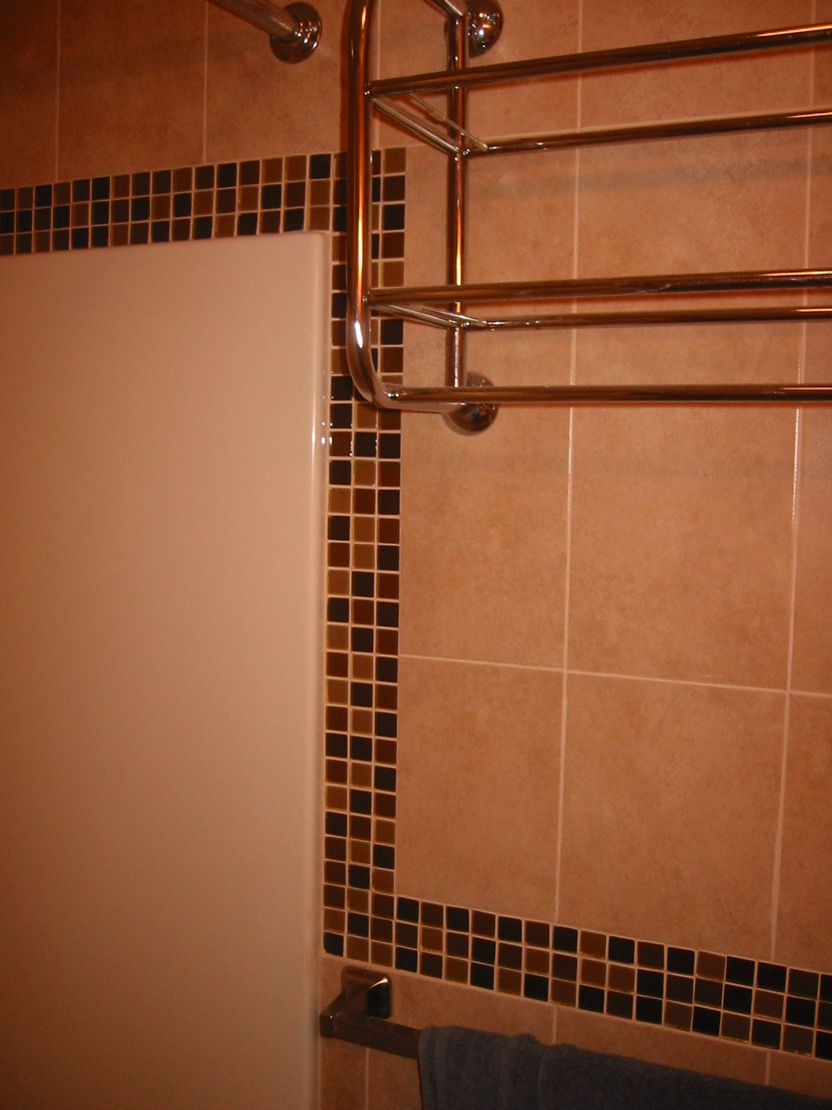 Tile around Fiberglass Shower | View Recent Tile Repair Jobs | All ...