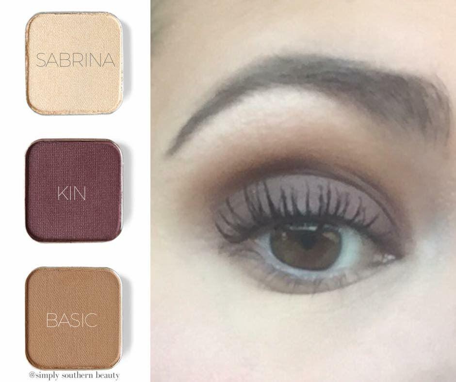 Simple Eyeshadow Look Using Maskcara S Eyeshadow Everyday