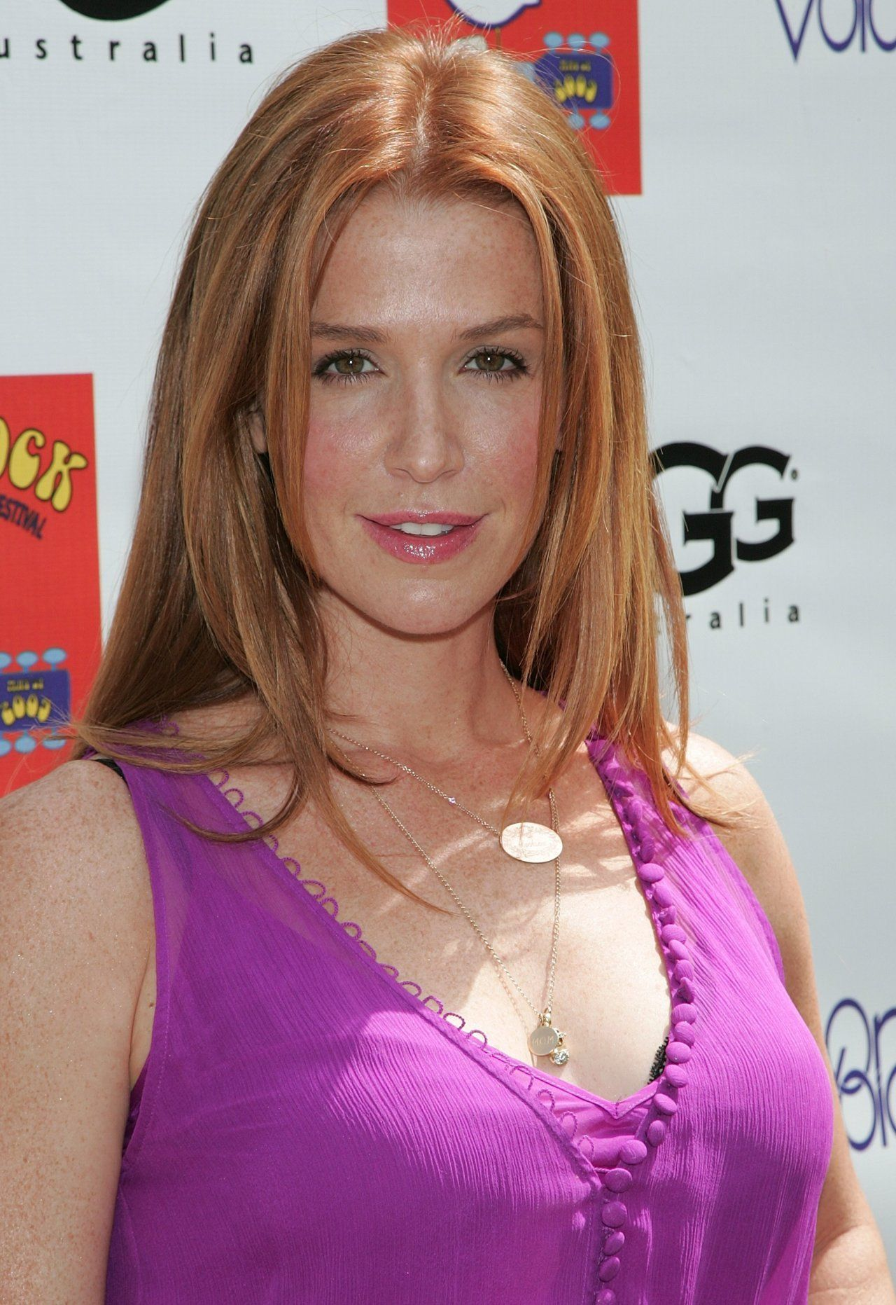 poppy montgomery fansite
