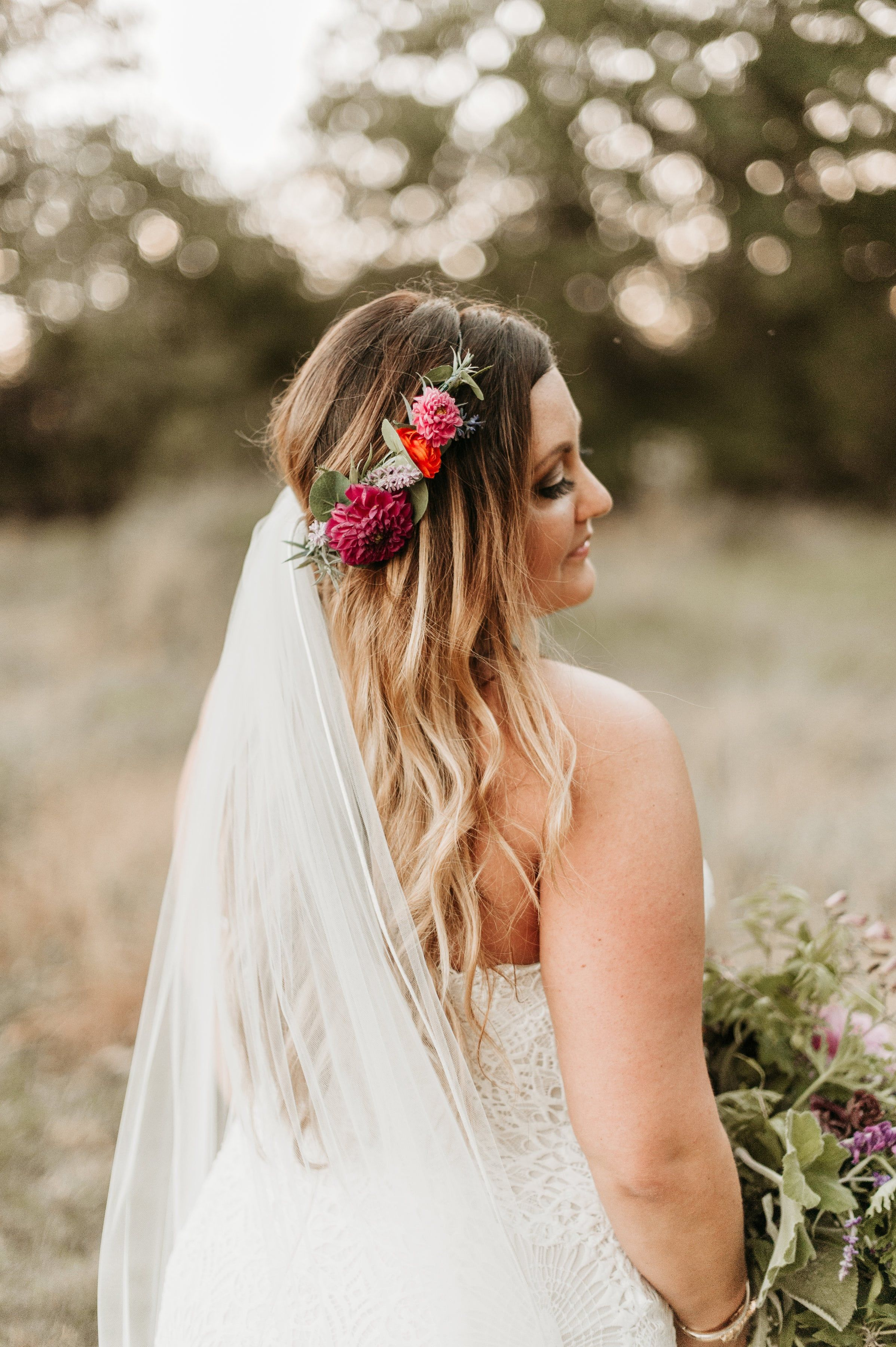 flower crown bride with veil.   our boho wedding in 2019