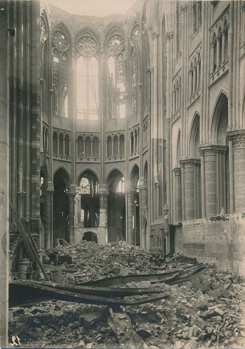 St Quentin Cathedral In Northern France Part Of Unseen World War I Photos Destroyed Cathedrals Also A Kickstarter Project To Photo World War I World War