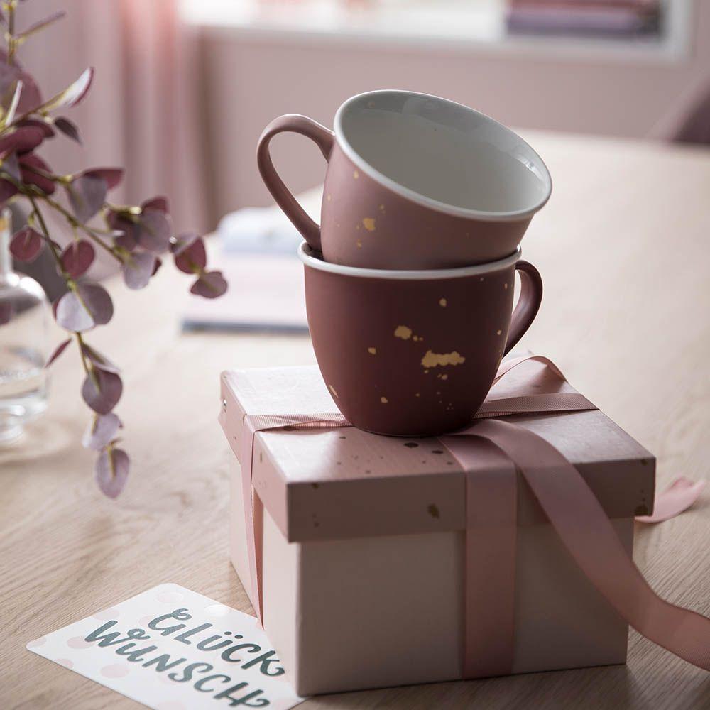 Wir Sind Im Tassenfieber Unsere Neuen Tassen In Hellrosa Beere Und Altrosa Sind Eine Perfektes Geschenk Fur Das Nachste Geburts In 2020 Geschirr Essgeschirr Tassen