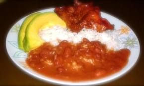 Typical dominican white rice stew chicken dominican style typical dominican white rice stew chicken dominican style beans dominican style forumfinder Choice Image