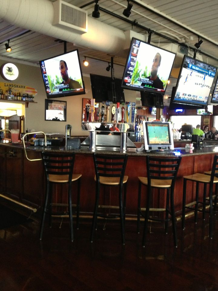 Hy Moose Bar And Grill In Mentor Oh