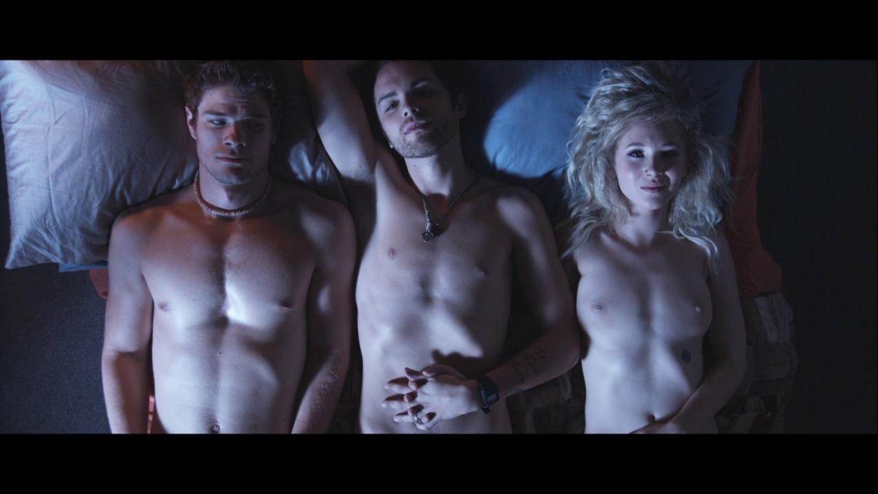 Naked thomas dekker