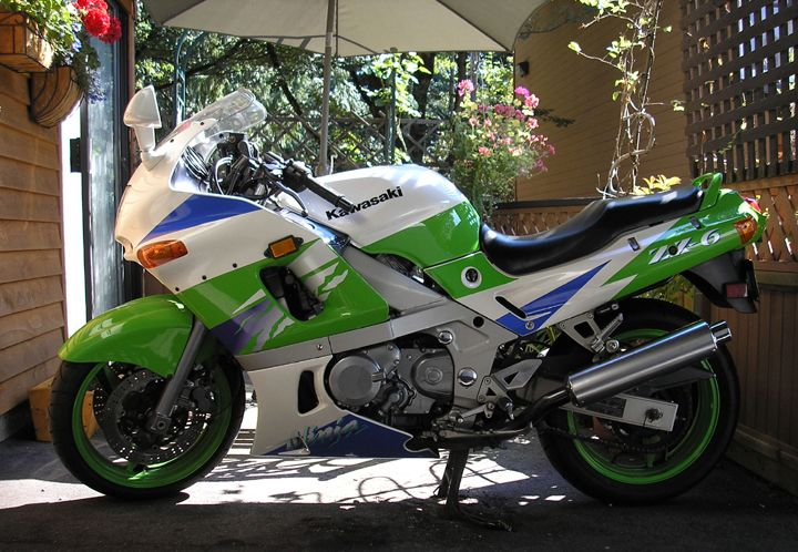 1994 Kawasaki Zx6 Ninja My Bike Was Purple White Area Majenta Green Area And White Blue Area Loved That Bike Esportes