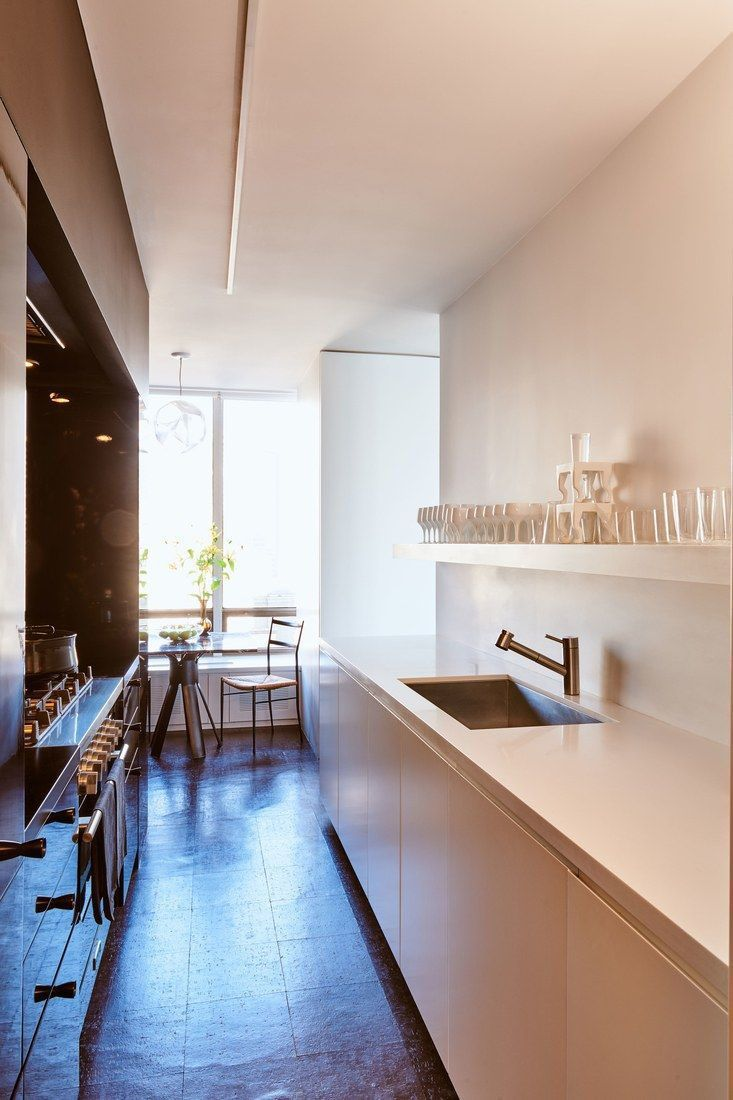 10 Tips For Planning A Galley Kitchen #galleykitchenlayouts The best and easiest galley kitchen cabinets to inspire you #galleykitchenlayouts