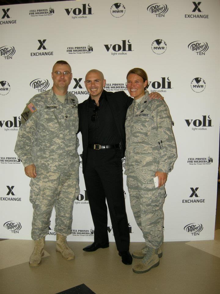 Where to meet military men