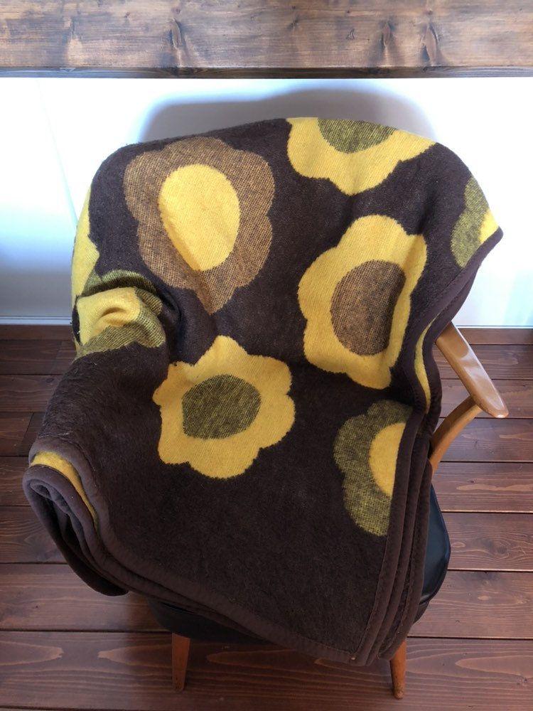 Grosse Vintage Retro Kariert Wolldecke Aus Den 60er 70er In 2020 Acrylic Blanket Vintage Blanket Fluffy Blankets
