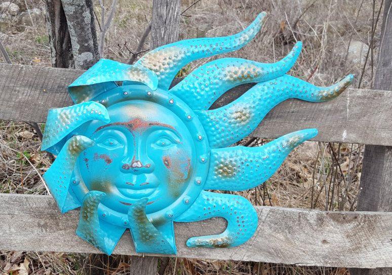 Turquoise Celestial Garden Ornament Metal Sun Face Wind Chime Metal Yard Art