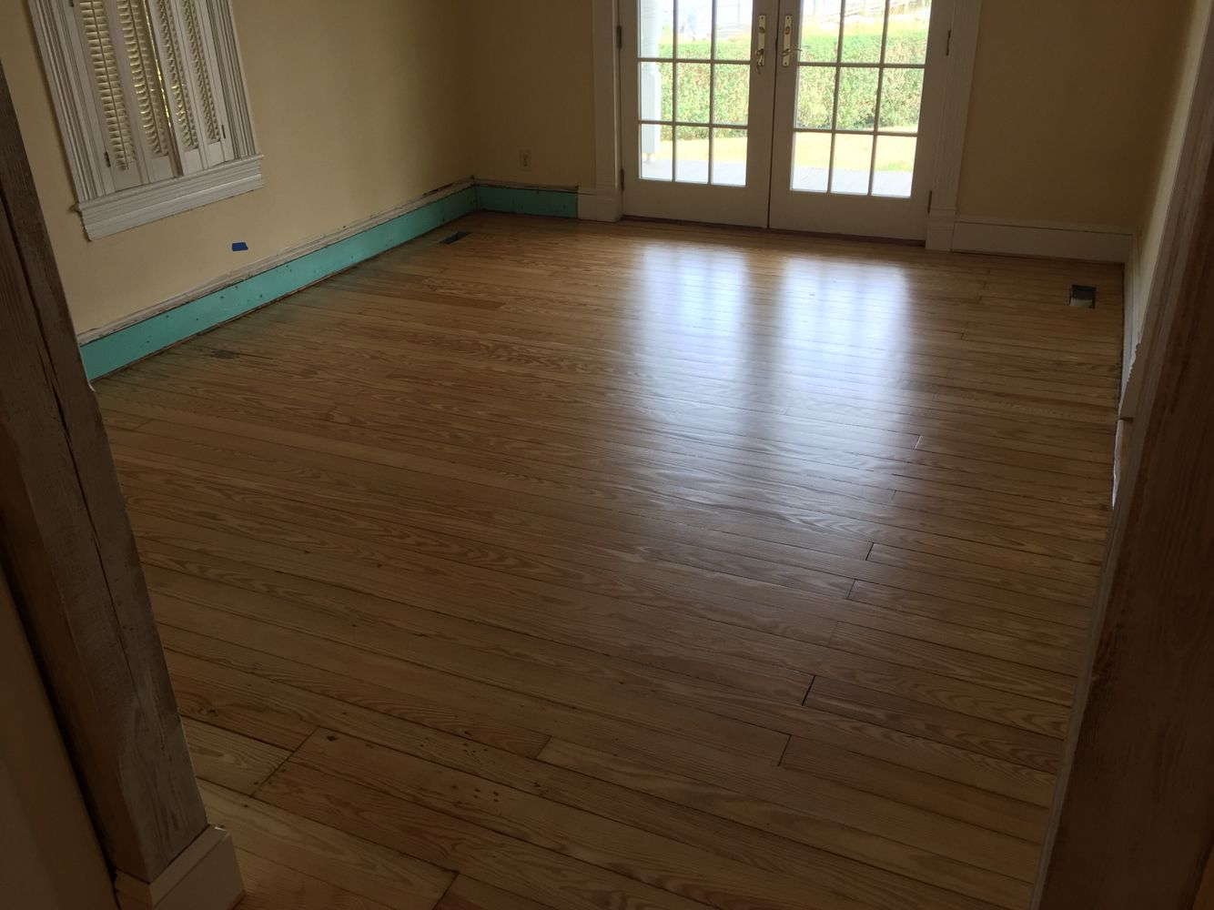 100y old pine floors refinished with coat of Pallmann x325