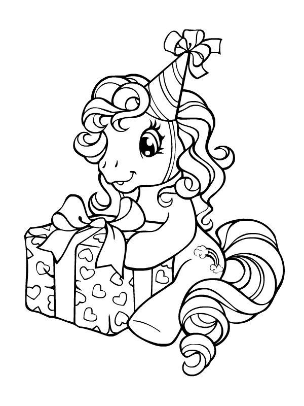 Petit poney ouvrant son cadeau